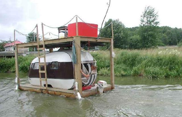 PneuBoat