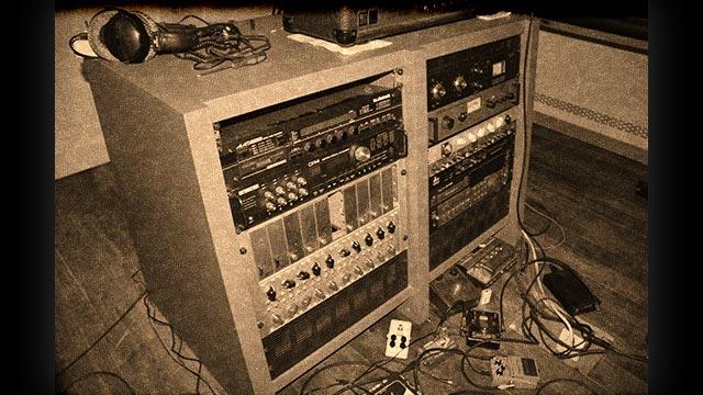 Jumping Jack in studio