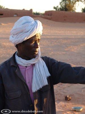 Monsieur Bani Abd Allah a creusé, avec 19 autres personnes de son ksar, la dernière Foggara d'Algérie. C'était en juin 1987.